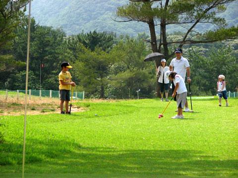 親子でパークゴルフ