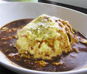 猫カフェのトロトロ卵のオムライス